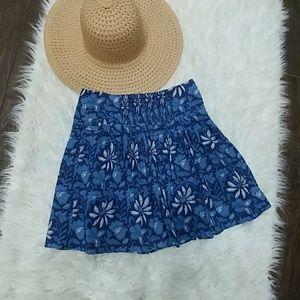 BANANA REPUBLIC BLUE FLORAL SWING SKIRT